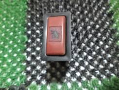 Кнопка включения аварийной сигнализации. Toyota Carina, AT170, AT170G, AT171, AT175, CT170, CT170G, CT176, ET176, ST170, ST170G Двигатели: 2C, 3E, 4AF...