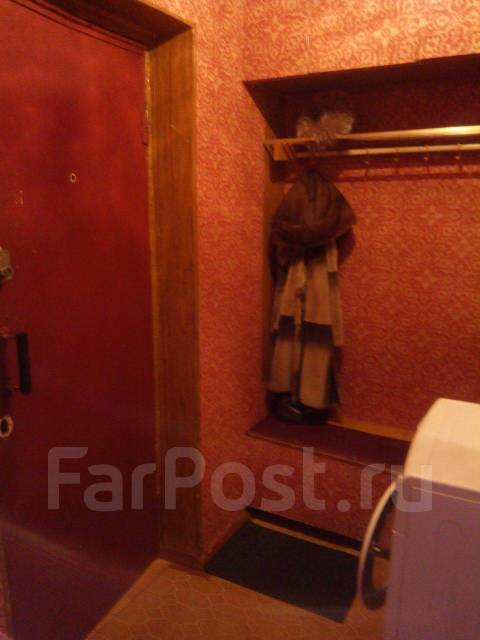 1-комнатная, проспект Копылова 51. Дземги, частное лицо, 30кв.м.