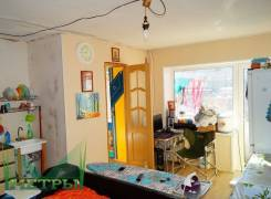 1-комнатная, улица Адмирала Юмашева 32. Баляева, агентство, 30 кв.м.