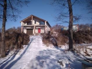 Продается дом и большой участок. Улица Ключ 4-й 87, р-н Весенняя, площадь дома 220 кв.м., скважина, электричество 25 кВт, отопление электрическое, от...