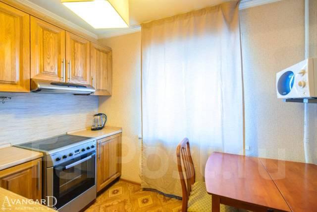 2-комнатная, улица Октябрьская 14. Центр, 55 кв.м. Кухня