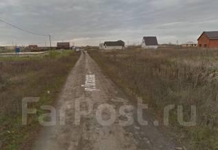 Продаю земельный участок в пгт. Индустриальном, ул. Питерская. 800 кв.м., собственность, электричество, от агентства недвижимости (посредник)