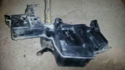 Бачок стеклоомывателя. Mitsubishi Pajero, V75W Двигатель 6G75