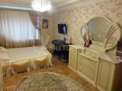 4-комнатная, улица Прапорщика Комарова 48. Центр, агентство, 160 кв.м. Комната