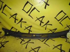 Решетка дворников TOYOTA Carib/Corolla/Sprinter AE110