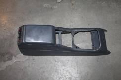 Подлокотник. Mercedes-Benz M-Class, W163
