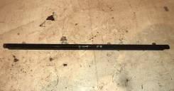 Молдинг двери SB Legacy BL#/BP# FR R 07- средний, шт, правый передний