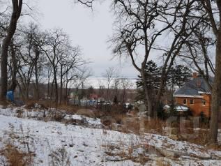 Продается земельный участок в районе Океанской 15 сот. 1 500 кв.м., собственность, электричество, от агентства недвижимости (посредник)