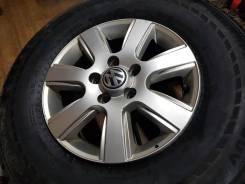 Volkswagen. 6.5x16, 5x120.00, ET62