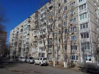 2-комнатная, улица Завойко 2. Столетие, частное лицо, 44 кв.м. Дом снаружи