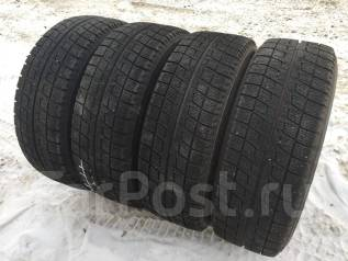 Bridgestone Blizzak Revo. Зимние, без шипов, 2011 год, износ: 10%, 4 шт