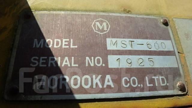 Morooka. Японский гусеничный самосвал MST-600 с краном. ПСМ есть., 3 328куб. см., 5 999кг., 4 000,00кг.