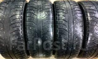 Bridgestone Ice Cruiser 7000. Зимние, шипованные, износ: 60%, 4 шт