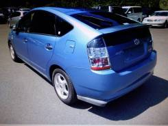 Toyota Prius. NHW203010133, 1NZFXE