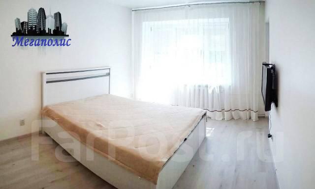 3-комнатная, улица Овчинникова 6. Столетие, агентство, 86 кв.м. Комната