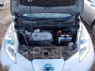 Рамка радиатора. Nissan Leaf