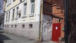 Сдам помещение под склад 120 кв. м. (возможно частями) Светланская 109б. 120 кв.м., улица Светланская 109б, р-н Центр. Дом снаружи