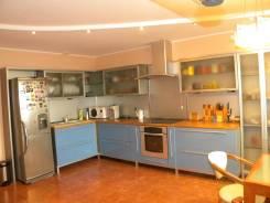 3-комнатная, улица Тургенева 96 кор. 3. Центральный, частное лицо, 102кв.м.