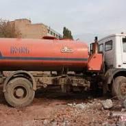Уралкоммаш. Машина коммунальная поливомоечная КО-806-21