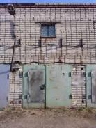 Гаражи капитальные. улица Ленинградская 115, р-н Ленинский, 18 кв.м., электричество, подвал.