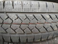 Bridgestone Blizzak W979. Зимние, без шипов, 2013 год, износ: 5%, 4 шт