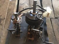 Педаль. Nissan Atlas Двигатели: QD32, TD27