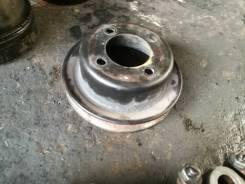 Шкив помпы. Mazda Titan