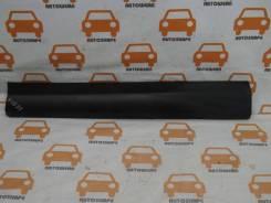 Накладка двери передней левой Toyota RAV4