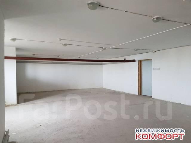 Продается нежилое Помещение 245 кв. м., 2 входа, на Патрокле. Улица Басаргина 20а, р-н Патрокл, 245кв.м.