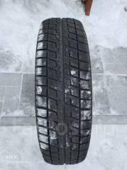Bridgestone Blizzak Revo. Зимние, без шипов, износ: 10%, 1 шт