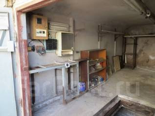 Гаражи капитальные. улица Тухачевского 70, р-н БАМ, 34 кв.м., электричество, подвал. Вид изнутри