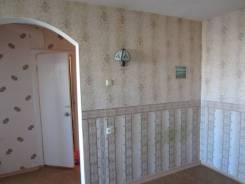 1-комнатная, улица Корнилова 14. Столетие, частное лицо, 32 кв.м. Комната