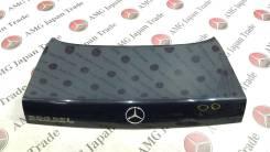 Крышка багажника. Mercedes-Benz Mercedes