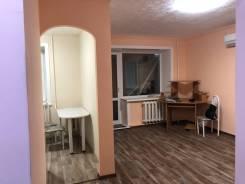 1-комнатная, улица Трёхгорная 65а. Кировский, частное лицо, 33 кв.м.