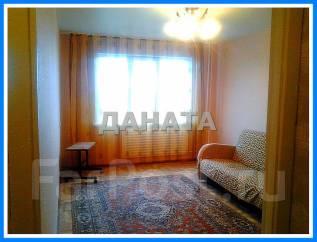 1-комнатная, улица Ладыгина 15. 64, 71 микрорайоны, агентство, 34 кв.м. Комната