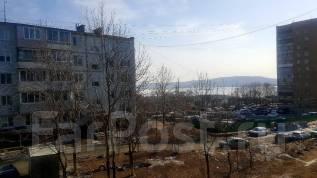 1-комнатная, улица Леонова 33. Эгершельд, частное лицо, 32 кв.м. Вид из окна днём