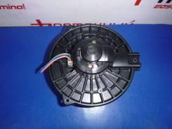 Мотор печки MMC GRANDIS