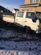 Toyota ToyoAce. Продам Toyota Toyo ACE бортовой двух кабинный, 2 800 куб. см., 1 300 кг.