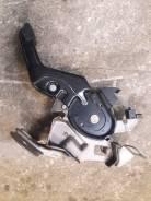 Педаль ручника. Infiniti FX45, S50 Infiniti G35, V35 Infiniti FX35, S50 Двигатели: VK45DE, VQ35DE