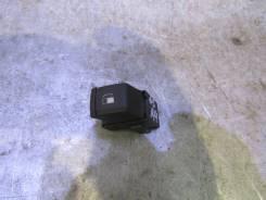 Кнопка открывания лючка бензобака VW Passat (B5) 1996-2000