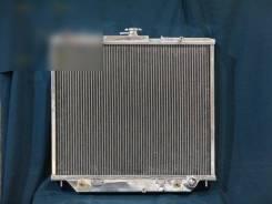 Радиатор охлаждения двигателя. Isuzu Bighorn Isuzu Trooper Двигатели: 4JX1, 4JX1DD