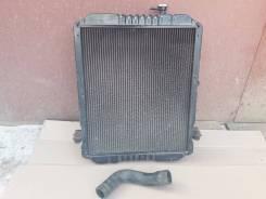 Радиатор охлаждения двигателя. Nissan Atlas, H41 Двигатель FD42