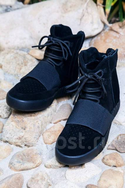 87917ecfa52f Фирменные кроссовки Adidas Yeezy Boost 750 - Обувь во Владивостоке