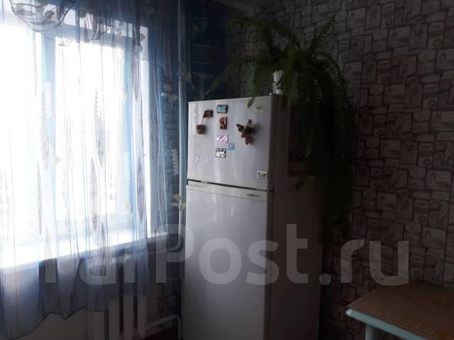 2-комнатная, улица Суворова. Индустриальный, частное лицо, 50кв.м.