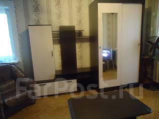 1-комнатная, проспект 100-летия Владивостока 49. Столетие, частное лицо, 34 кв.м. Комната