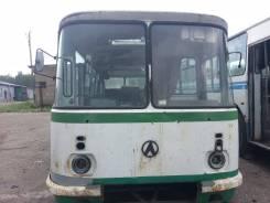 ЛАЗ 695. Продам Автобус ЛАЗ-695, 6 000 куб. см., 34 места