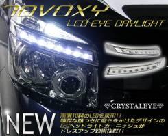 Накладка на фару. Toyota Voxy, ZRR70