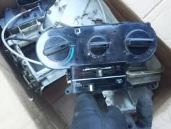 Кронштейн климат-контроля. Toyota Carina, AA60, AA63, TA63