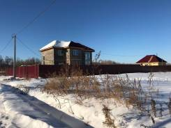 Продам участок в с. Корсаково-1, по ул. Центральной, 10 соток. 1 000 кв.м., собственность, электричество, вода, от агентства недвижимости (посредник)