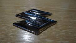 Эмблема решетки. Suzuki Escudo, TA74W, TD54W, TD94W Suzuki SX4, YA11S, YA41S, YB11S, YB41S, YC11S Suzuki Grand Vitara